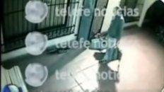 el video que muestra al exfuncionario jose lopez entrando los bolsos en el convento