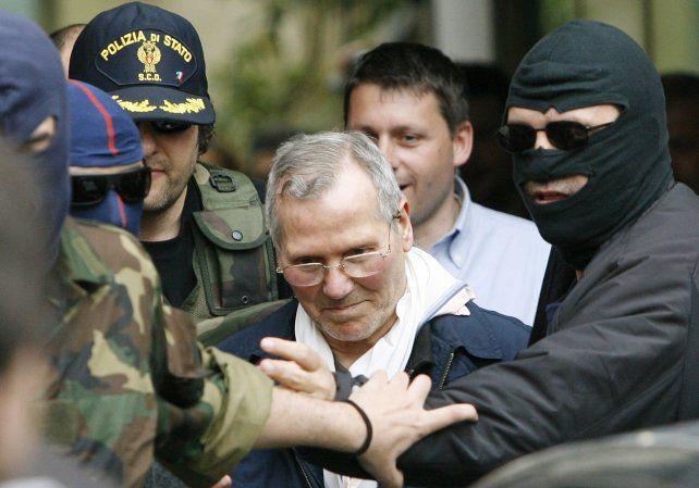 Bernardo Provenzano al ser detenido en 2006 luego de estar prófugo durante 43 años.