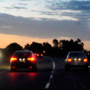 Asaltan a un pareja de policías que viajaban en su auto junto a su sobrino.