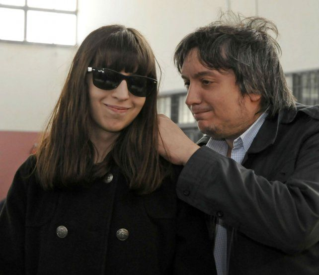 Florencia Kirchner junto a su hermano Máximo.