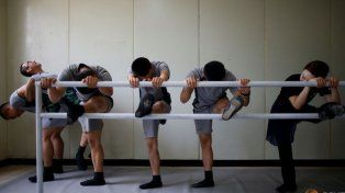 Ahora los soldados apelan al ballet para bajar el nivel de estrés