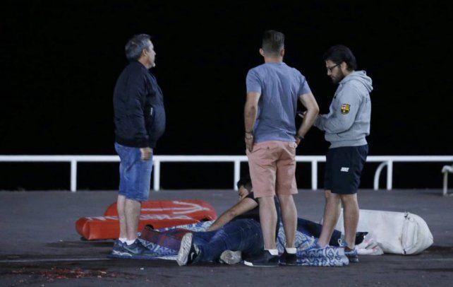 Las impactantes imágenes que dejó el brutal atentado terrorista en el corazón de Francia
