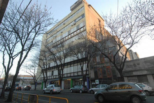Biblioteca vigil. Una entidad sin precedentes intervenida y saqueada durante la dictadura.