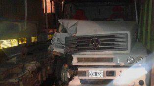 milagro. El conductor del camión sólo recibió golpes leves.