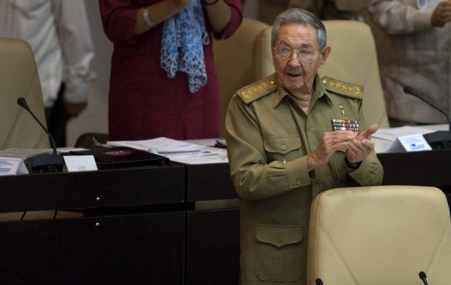 Informe. El presidente Castro habla de la crisis ante el Parlamento.