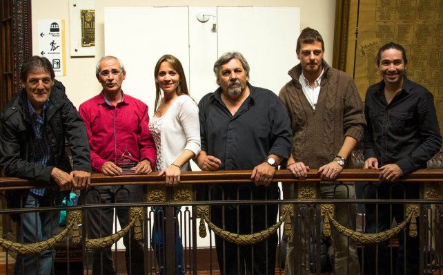 De 2 décadas. El grupo se hizo conocido por versionar temas de Joaquín Sabina.
