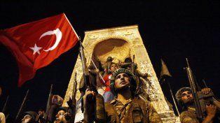 Decenas de muertos y cientos de heridos en el frustrado golpe de Estado en Turquía