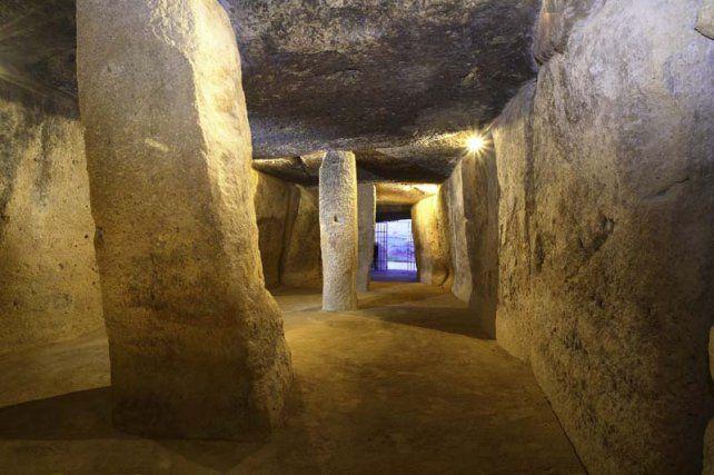 Impresionante. La cueva de Menga