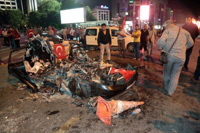 El intento de golpe de Estado en Turquía dejó un saldo de 265 muertos y más de mil heridos