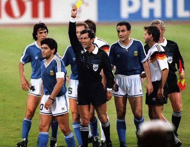El árbitro Codesal reconoció que en la final de Italia 90 pudo haber cobrado un penal para Argentina