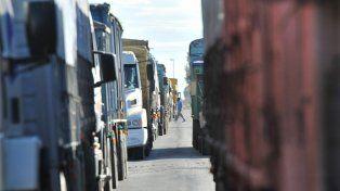 Por paro de transportistas, no ingresarán camiones a los puertos desde el lunes