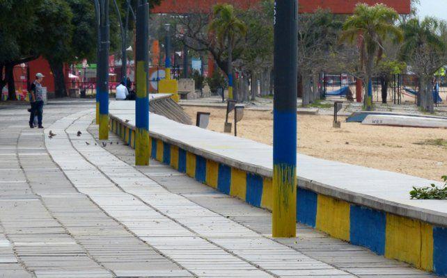 Marcada. Una parte de la Rambla Catalunya fue coloreada de azul y amarillo.
