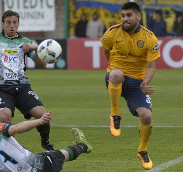 Villagra. El lateral izquierdo no tiene un competidor directo por el puesto.