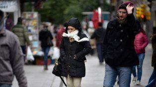 El lunes comenzó en Rosario con una mañana fría, cielo nublado y pronóstico de mejora para la tarde
