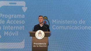 El presidente Macri lanzó un plan para comprar celulares con 4G en 12 cuotas