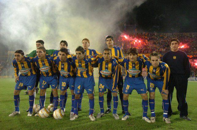 Canallas. Los once que ganaron el 29/8/2005 con gol de Germán Rivarola.
