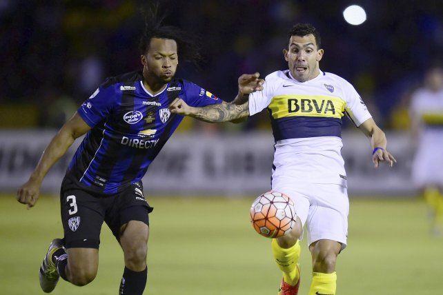 Defensor. Arturo Mina.