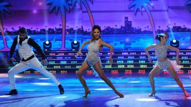 Lourdes Sánchez bailó salsa de tres.
