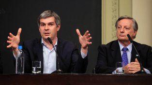 El jefe de Gabinete Marcos Peña y el ministro de Energía Juan José Aranguren.