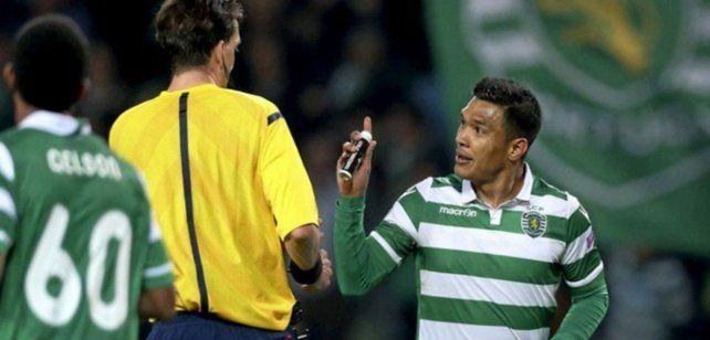 Teo Gutiérrez es un refuerzo esperado por Arroyito.