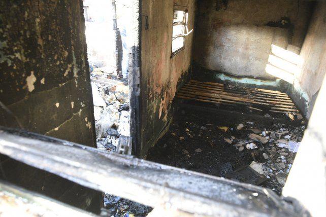 Los restos de la vivienda afectada por el siniestro.