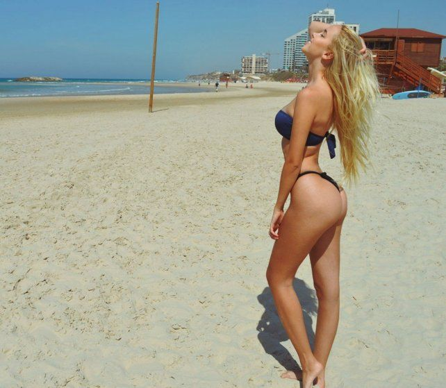 La joven israelí desborda belleza.