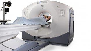 El pet ct. Se retienen repuestos de costosos equipos de electromedicina que se utilizan principalmente para diagnóstico médico.