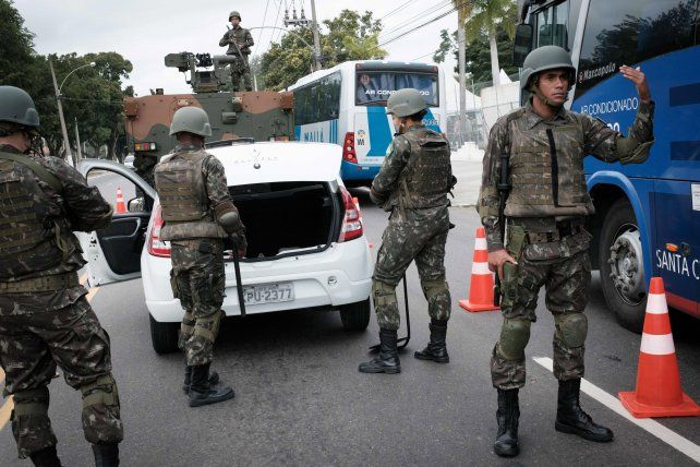 despliegue. Un puesto militar de control en Río de Janeiro
