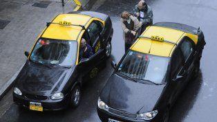 La Municipalidad mantendrá suspendido al taxista mientras dure la investigación judicial.