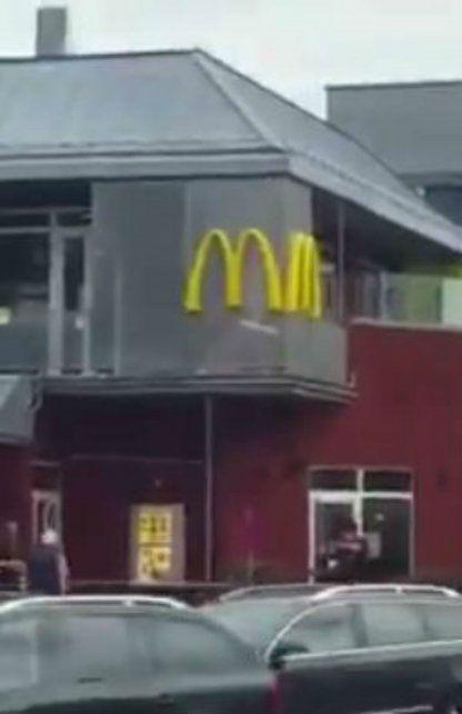 Un impactante video muestra el momento en el que se inicia el tiroteo en el shopping de Múnich