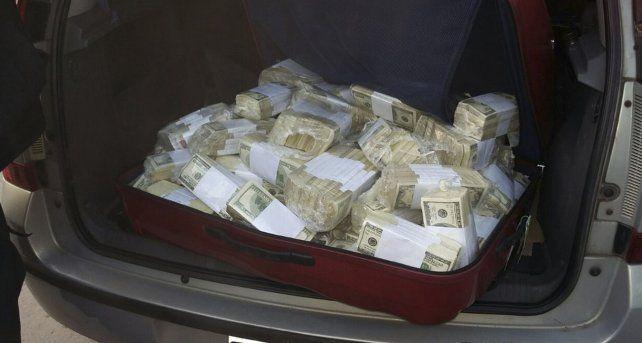 Obsceno. Parte de los dólares que el ex funcionario kirchnerista quiso ocultar en un convento bonaerense.