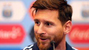Messi regresará una semana antes de lo previsto a los entrenamientos con Barcelona
