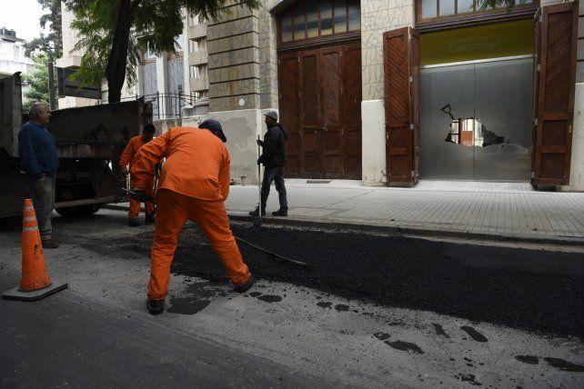Lo que el municipio recaudará de más con las tarifas de gas y luz será destinado básicamente a obras de pavimentación y bacheo.