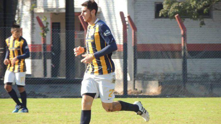 Marcador central. Renzo Alfani puede jugar tanto por la derecha como por la izquierda.