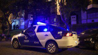 Tres muertos por inhalación de monóxido de carbono en un departamento del centro