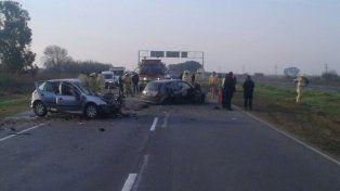 Arocena. Los dos vehículos quedaron desparramados en el asfalto.