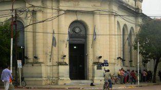 Goya. El bebé murió en brazos de su madre, frente al Banco de la Nación.