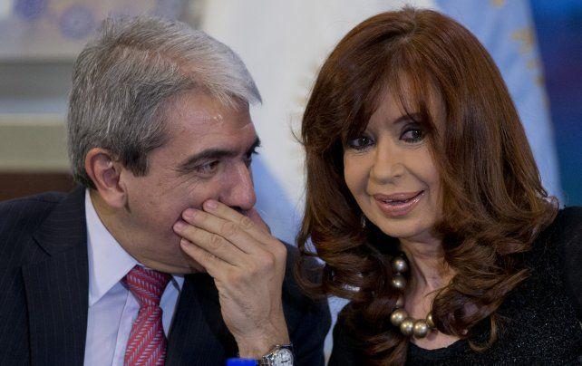 Palabras de aliento. El ex jefe de Gabinete salió a defender a Cristina de las acusaciones judiciales.