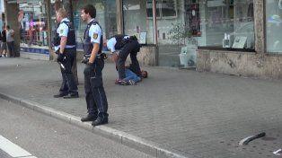 Reducido. La policía de la ciudad de Reutlingen pudo detener al agresor. A la izquierda