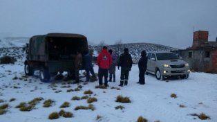 Rescatan a una familia aislada por la nieve
