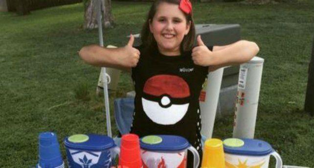 Miranda junta plata para cambiar su teléfono y poder jugar al Pokémon Go.