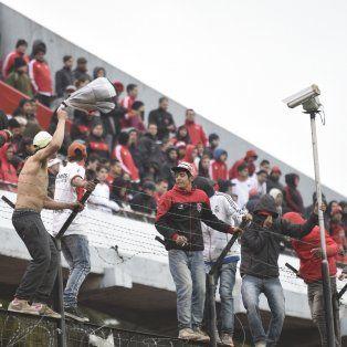 Los disturbios en las tribunas del Coloso durante el clásico encendieron una luz de alerta en la provincia.