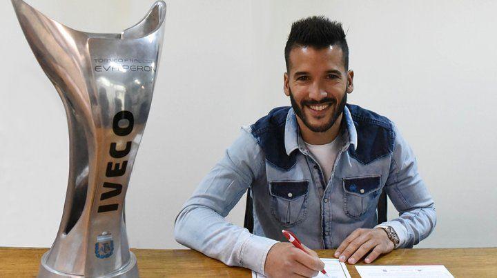 Voboril firmó contrato y se convirtió en el sexto refuerzo de Newells