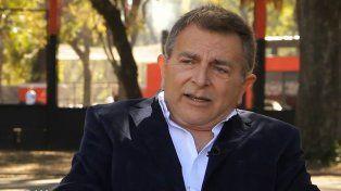 Oscar Bertone, editor de la revista Rosario Express y conductor televisivo.