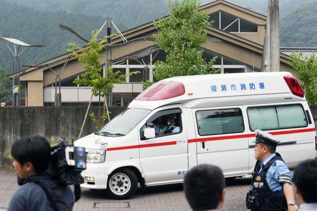 Demencial. El autor de la masacre es un ex empleado del instituto. Es la peor masacre de la historia japonesa.
