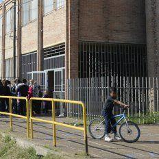 La Escuela Eva Perón, de Saavedra al 6100.