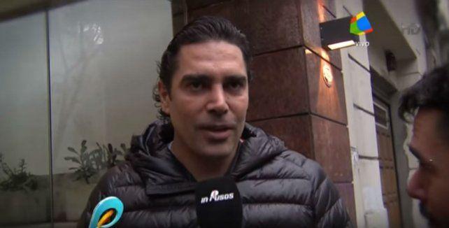 Hoy le dieron el alta a Matías Alé y en la puerta de la clínica fue abordado por la prensa.