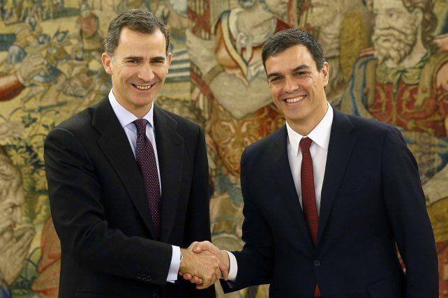 Ronda de contactos. Felipe VI recibirá hoy a Pedro Sánchez y a Rajoy.