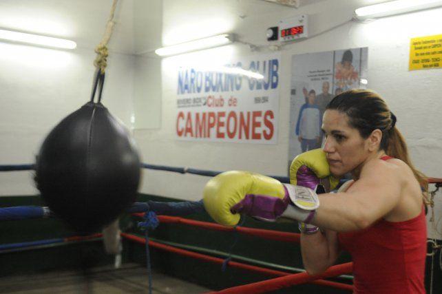 Segura. La boxeadora rosarina se siente confiada de quitarle el título a la Pantería Farías
