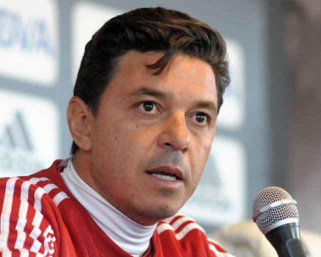 Con el defensor ecuatoriano Arturo Mina pero sin Luciano Lollo ni Marcelo Larrondo